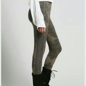 "FREE PEOPLE ""Hendrix Sweater Leggings"" in Olive"